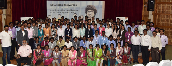 30 teams across 30 engineering colleges along with evaluators, Texas Instruments India and NSRCEL, IIM Bangalore team