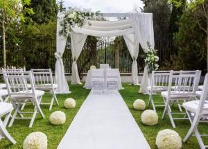 Bride and Groom Enjoy Virtual Wedding Ceremony