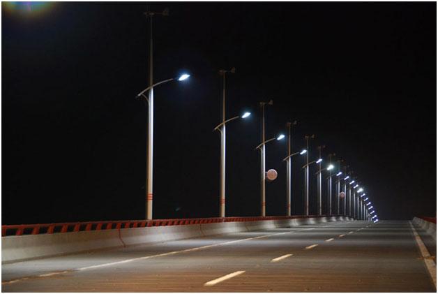 solar-strret-light