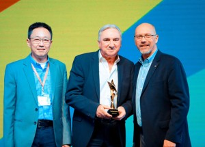 Molex Presents Heilind Asia Pacific with 2017 Molex APS Regional Distributor of the Year Award