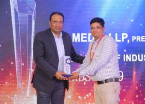 """Electronics Maker Presents Heilind Asia with the """"'Best Connectors and Electromechanical Products Distributor Award"""""""